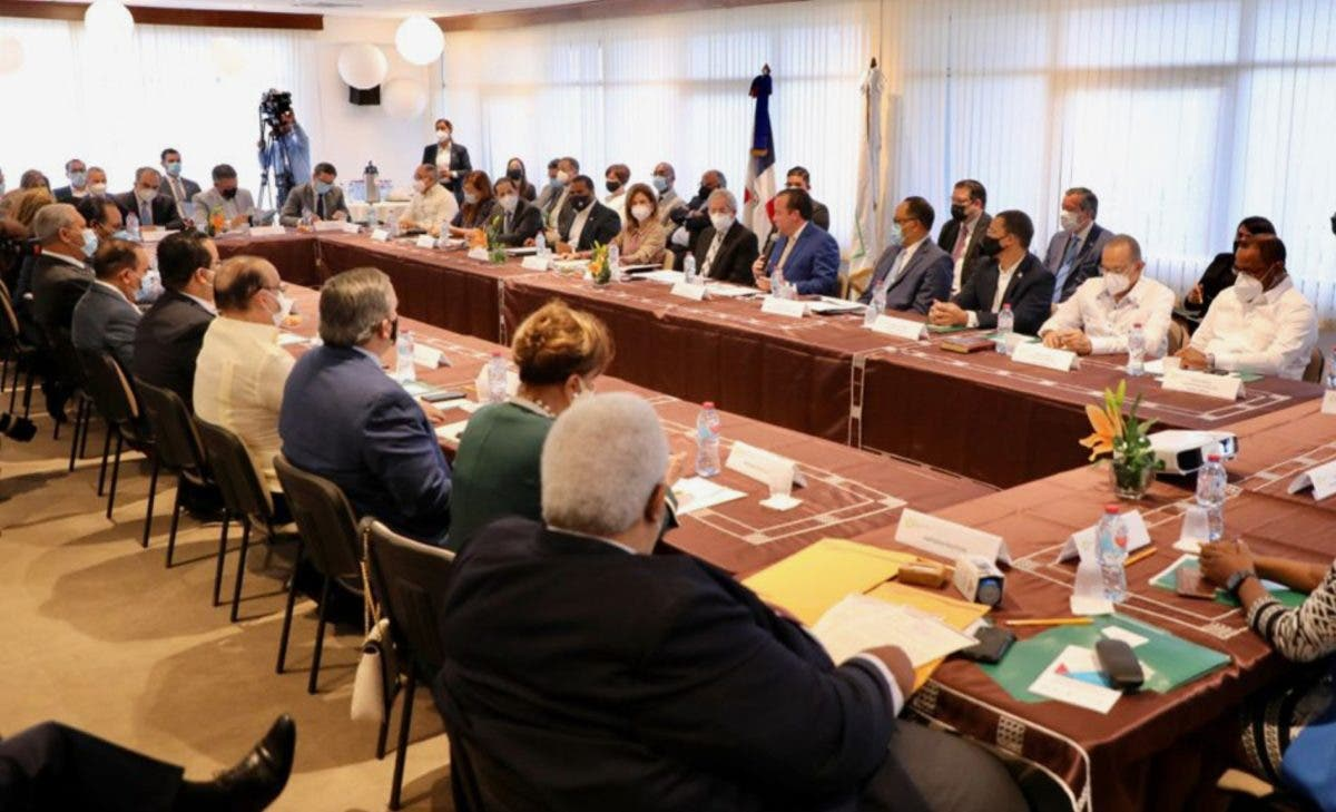Partidos van diálogo CES con anhelos de reformas