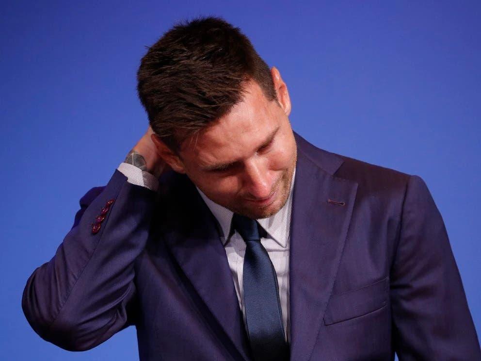 Visiblemente emocionado, Lionel Messi confirma su salida del Barcelona