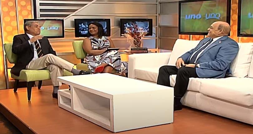 Entrevista a Rafael Santos en el programa Uno + Uno