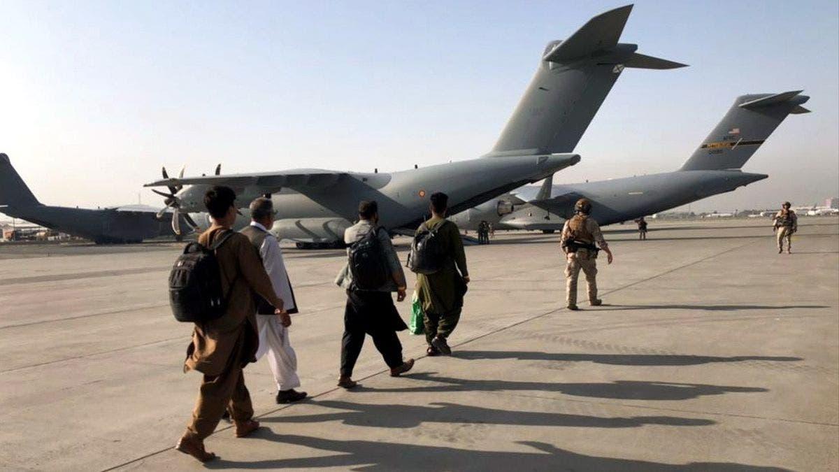 Pentágono confirma explosión en aeropuerto de Kabul