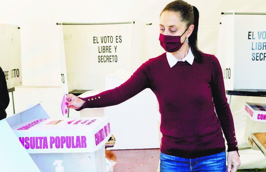 México realiza referendo enjuiciar  expresidentes