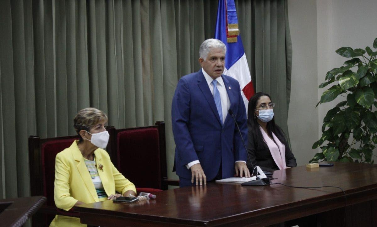 Eduardo Estrella pide calma con el  Código Penal; dice el pleno decidirá