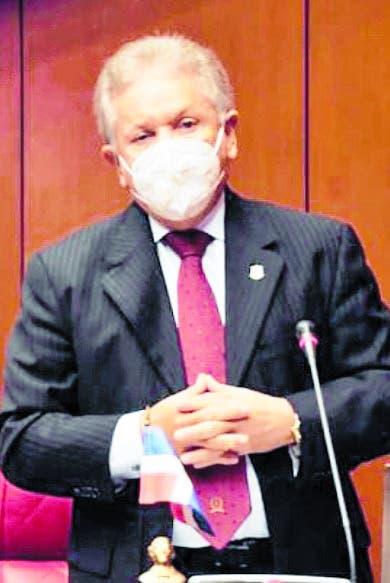 Los senadores analizan primer año de Luis Abinader