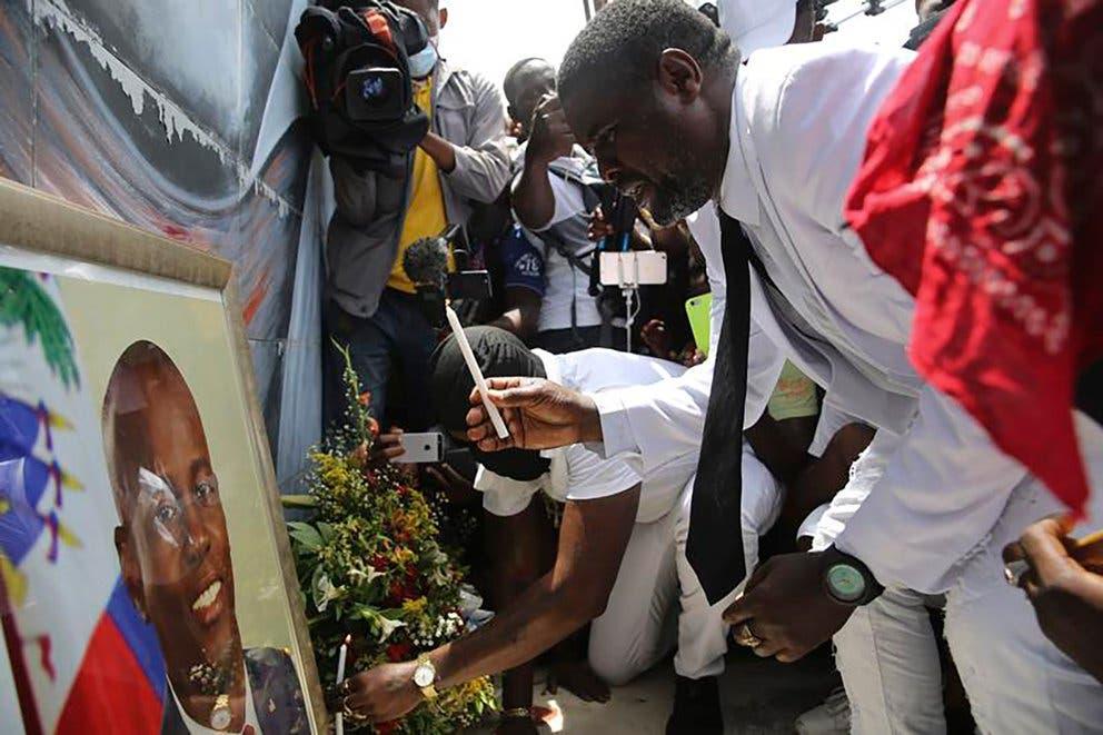 """Haití: Quién es Jimmy """"Barbecue"""" Cherizier, el expolicía que se convirtió en el pandillero más temido"""
