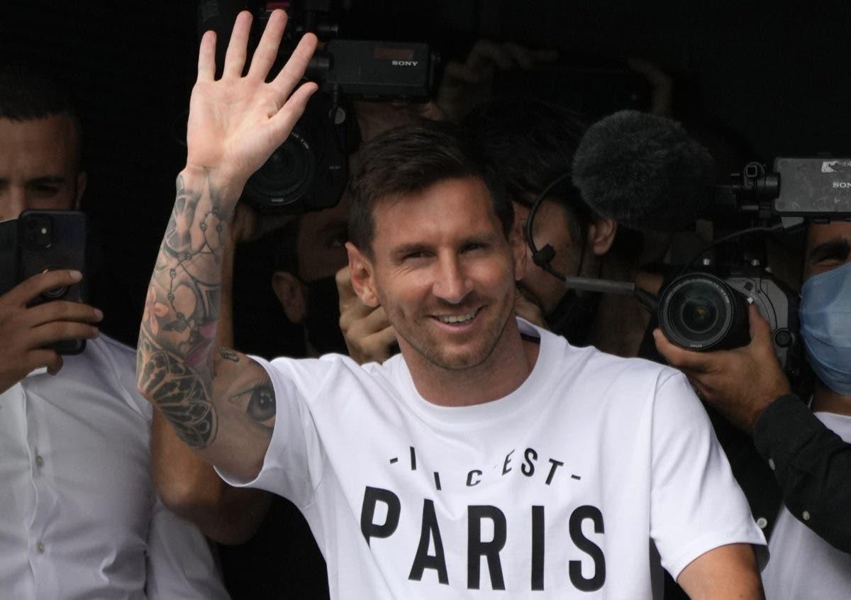 Messi firma contrato de dos años con el Paris Saint-Germain