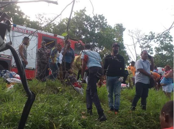 Un muerto y 16 heridos en accidente Autovía del Nordeste