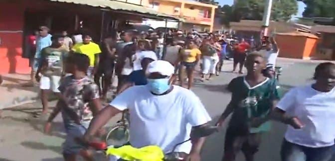 Video: Celebran triunfo de Marileidy Paulino con una gran caravana en Don Gregorio