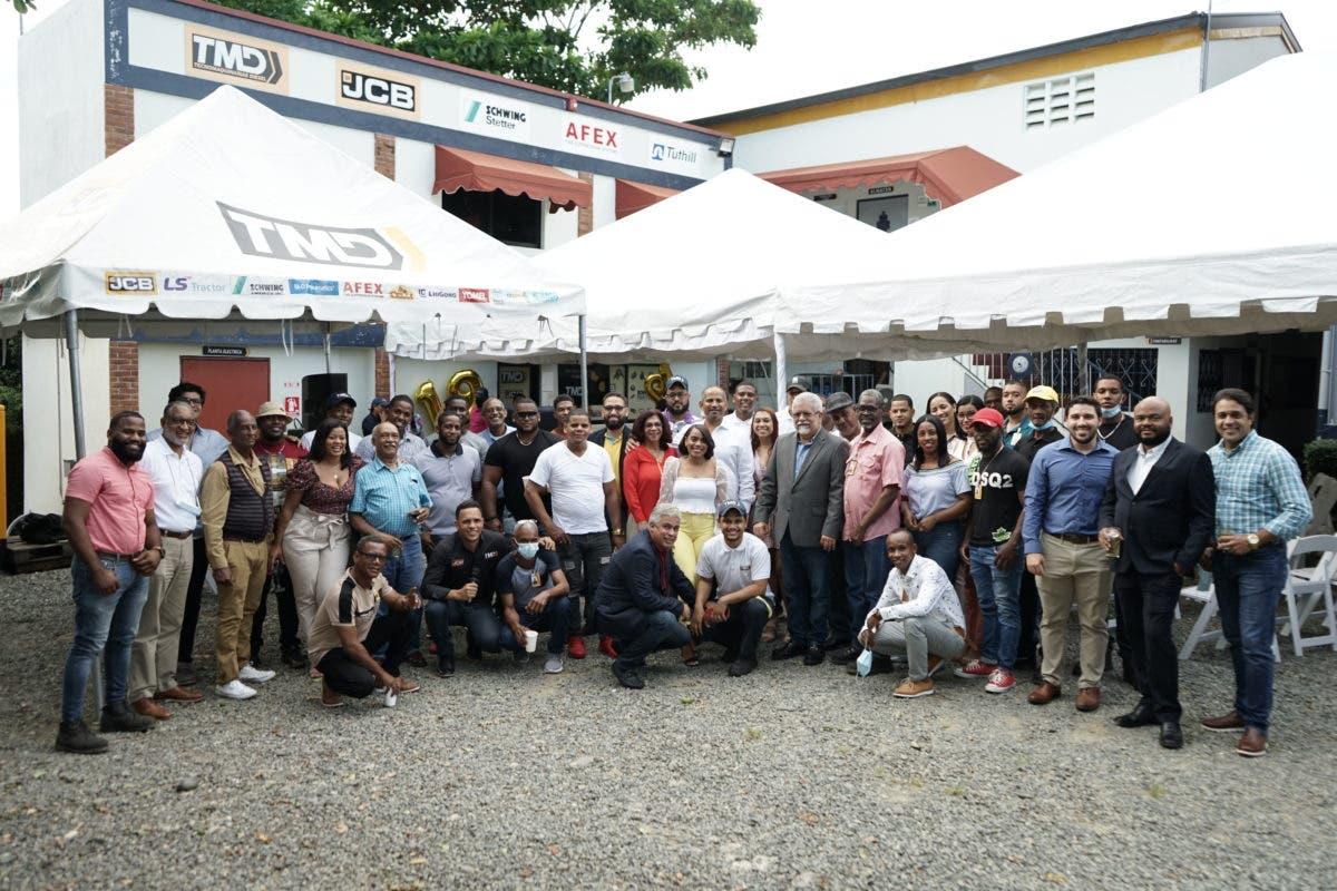 Celebran 19 aniversario de Tecnomaquinarias Diesel