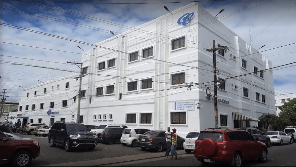 Video: dos personas fallecen y otra en estado grave por incendio de clínica en La Romana