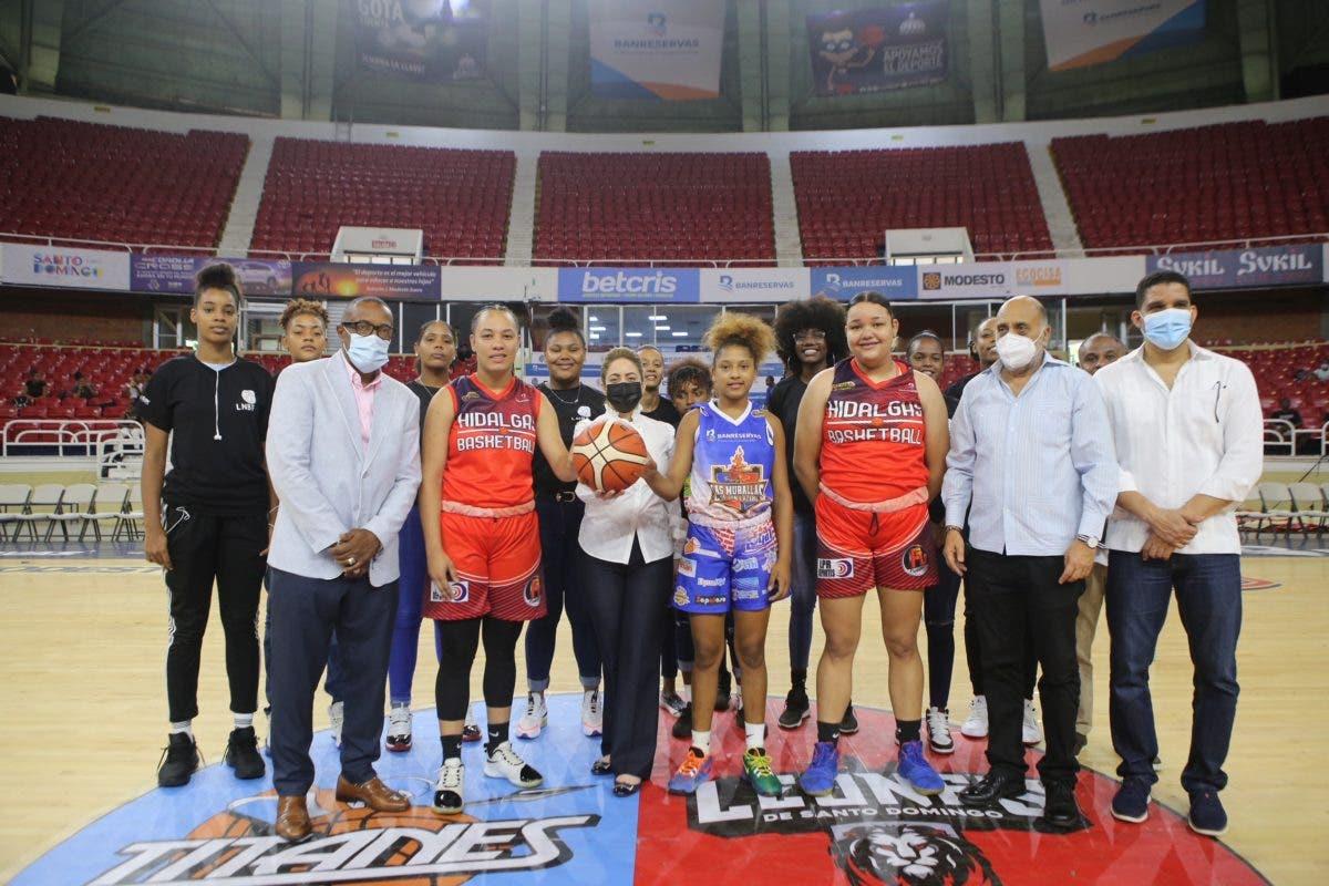 Inauguran torneo 2021 de la Liga Nacional de Baloncesto Femenino