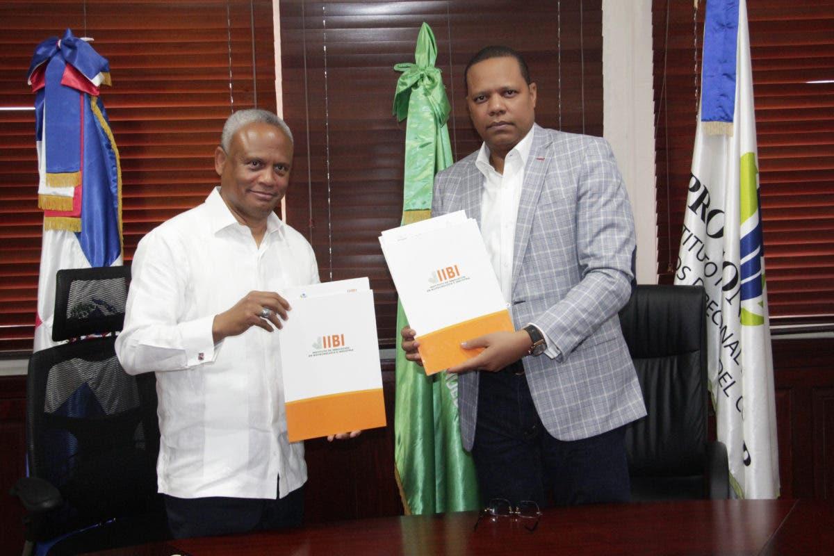 Pro Consumidor e IIBI firman acuerdo interinstitucional para trabajar de manera conjunta