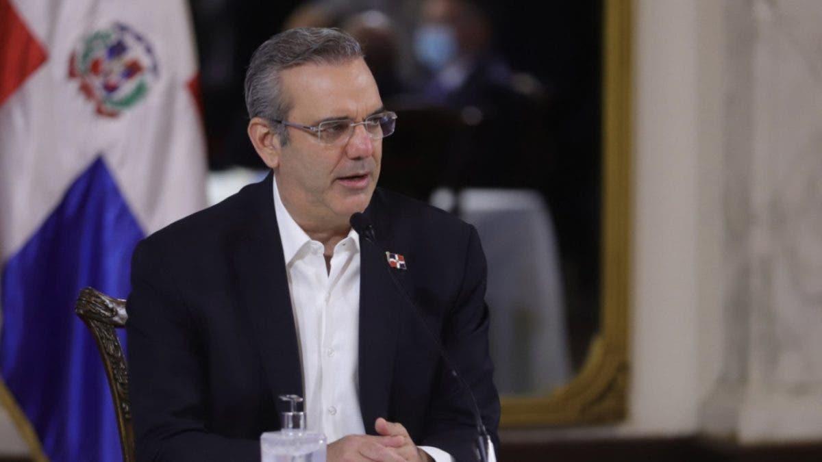 Presidente Luis Abinader viaja hoy a Azua