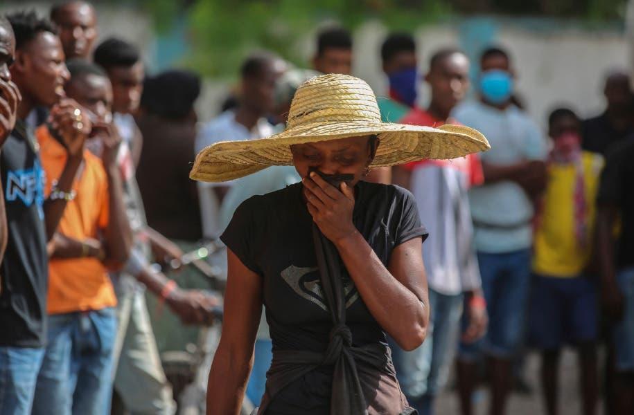 Crece desesperación y presión por ayuda tras terremoto en Haití