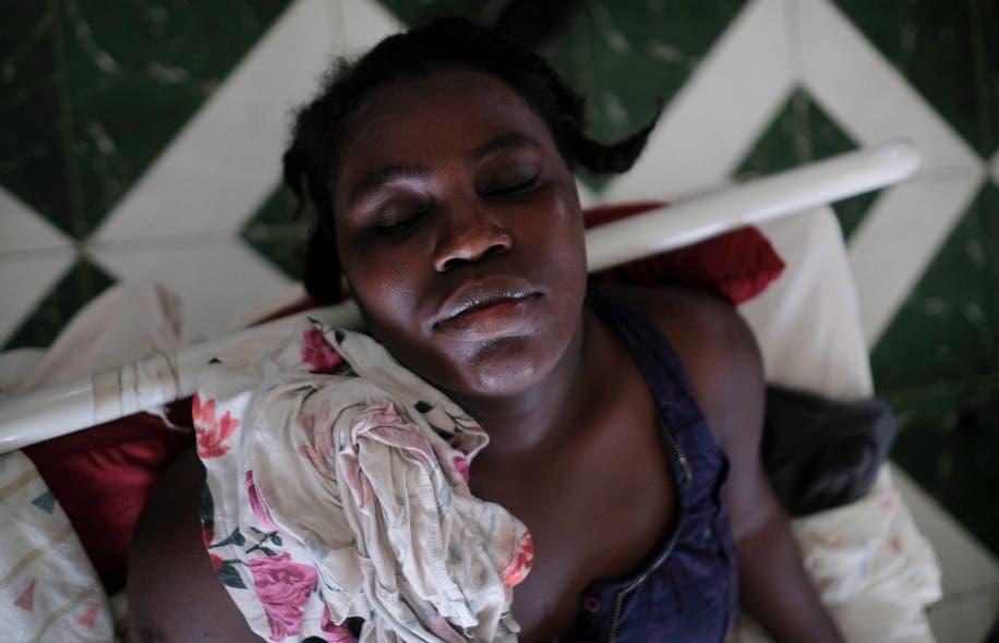 Haitianos se van de hospitales, pero no tienen hogar