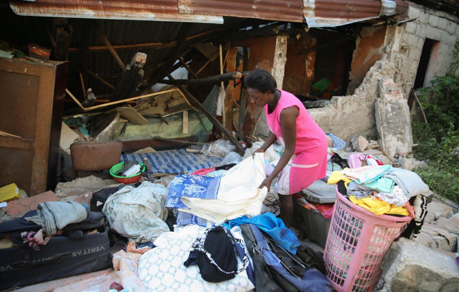 Haitianos recurren al saqueo a consecuencia del reciente terremoto