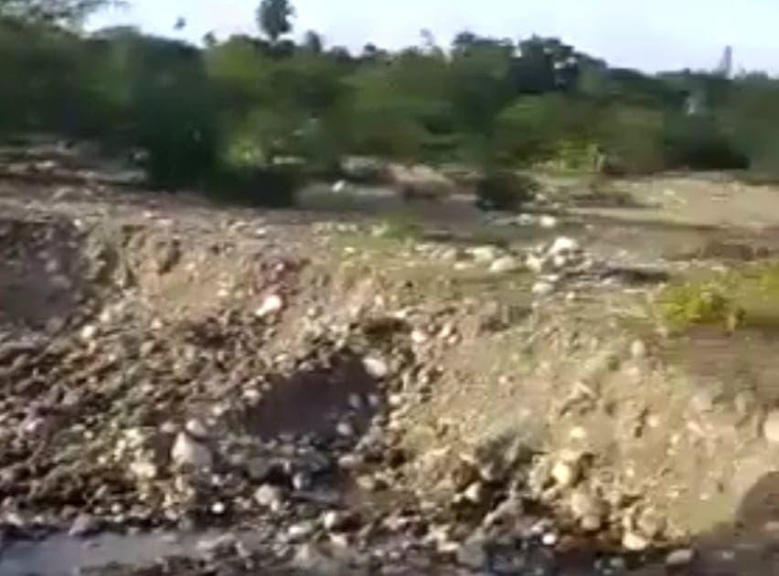 Protestan en Puerto Plata contra granceras que depredan río Bajabonico; otro grupo apoya explotación