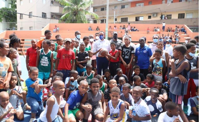 CND lleva programa preventivo, deportivo y de salud al barrio Guachupita