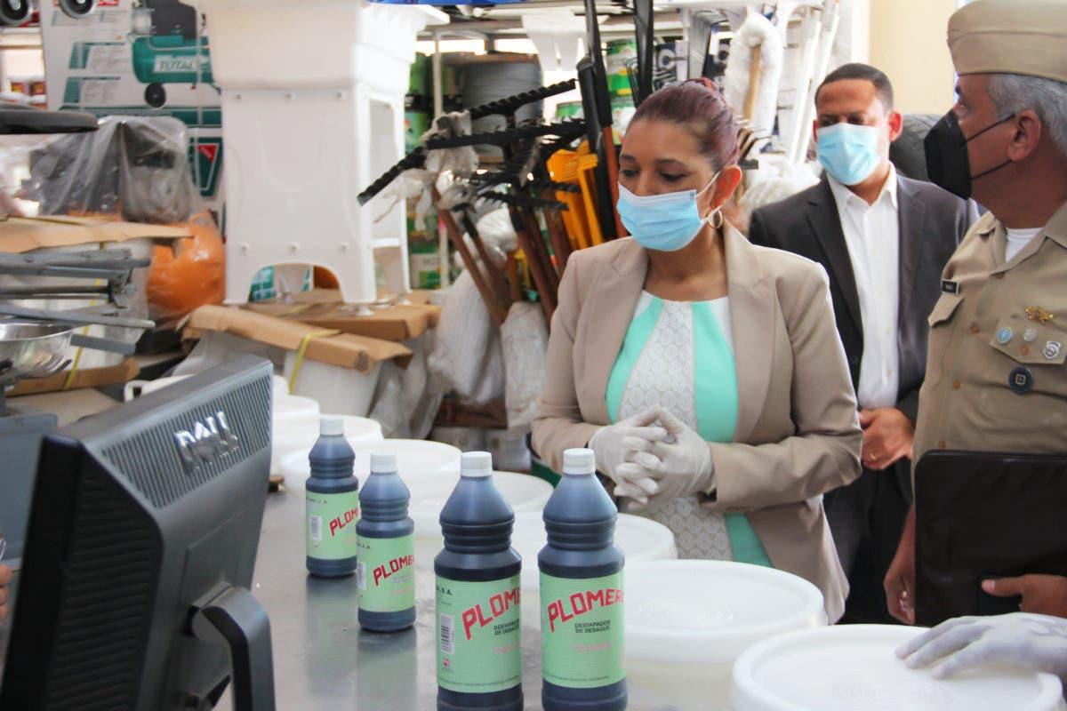 """Pro Consumidor decomisa cientos productos utilizados para fabricación """"ácido del diablo"""""""
