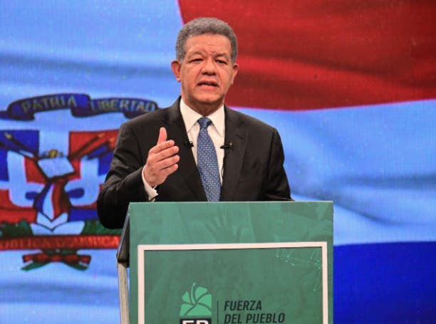 Leonel Fernández se opone a modificación Constitución para lograr independencia Ministerio Público