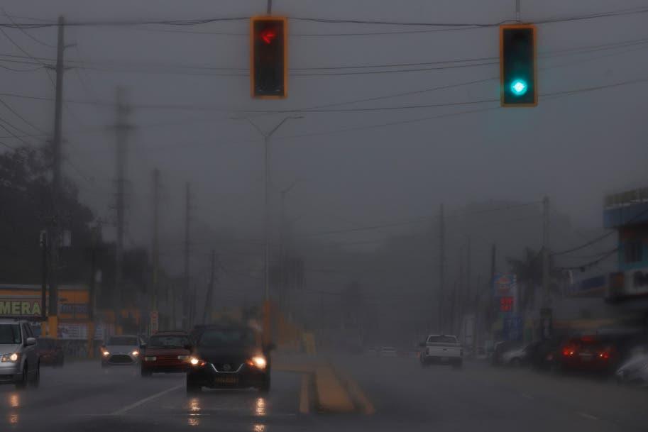Fuertes lluvias azotan a Puerto Rico ante posible tormenta