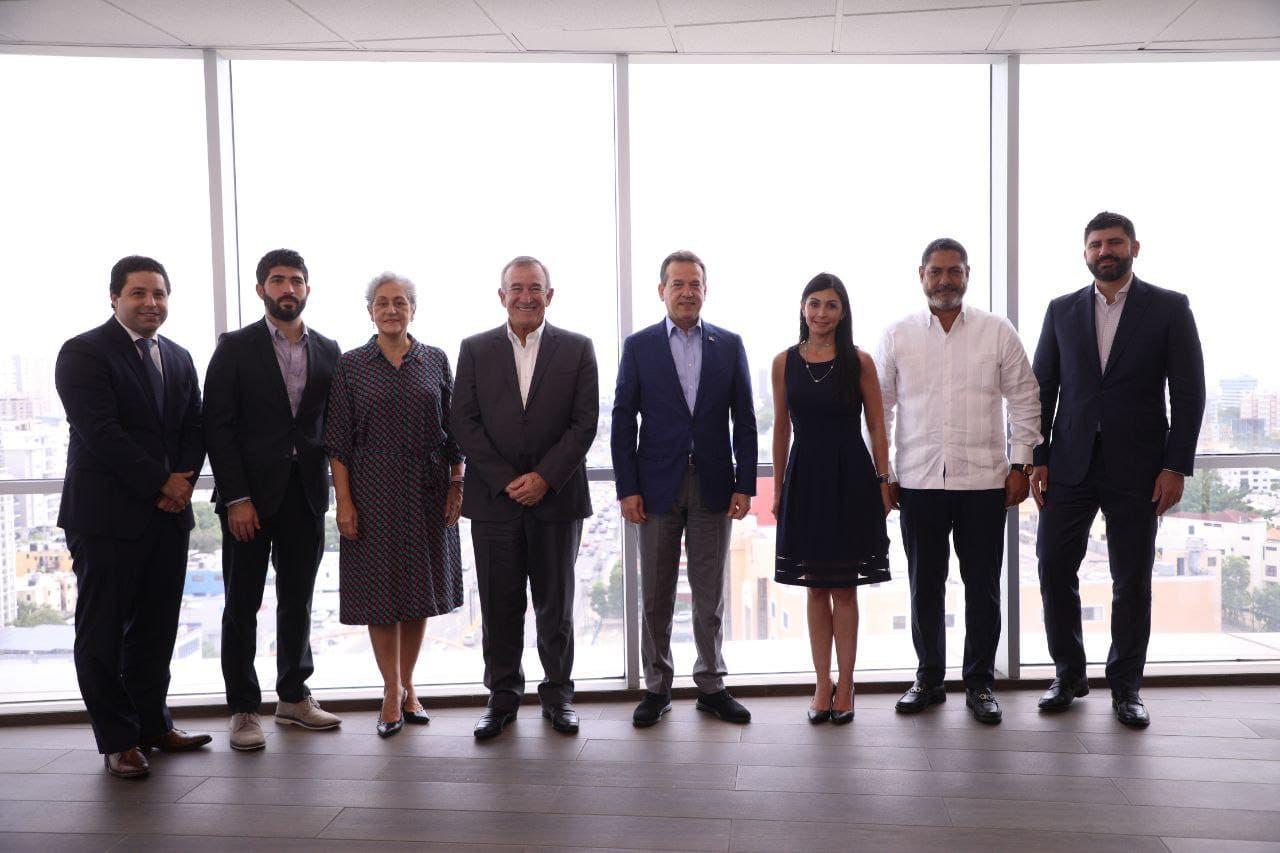 RD y Puerto Rico exploran estrategias para liderar comercio internacional
