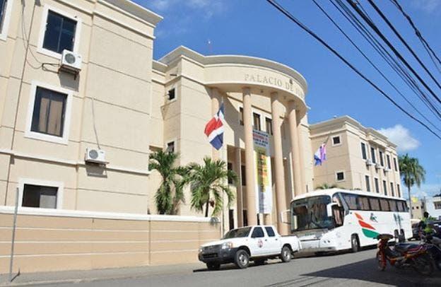 Imponen prisión preventiva a implicado en muerte de dos comerciantes en La Vega
