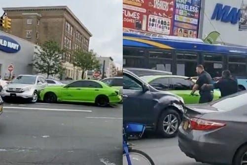 Video: tiroteo en el Alto Manhattan; conductor huye de Policía, atropella 14 y  choca 9 vehículos
