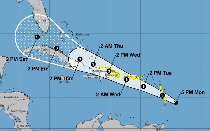 Puerto Rico prevé inundaciones repentinas por paso de una onda tropical
