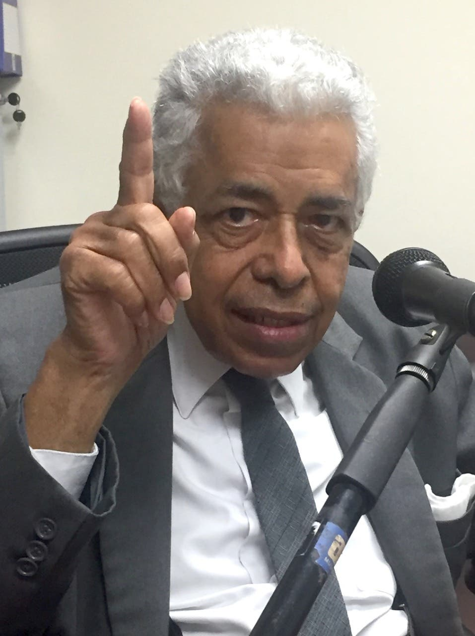 Corrupción en sector educativo tiene vigencia desde Joaquín Balaguer, afirma Pedro Gil Iturbides
