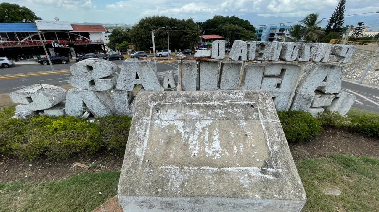 Abel Martínez solicita a Cultura intervención urgente del Monumento los Héroes de la Restauración