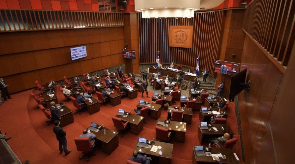 Expectativas en el Senado con Código Penal; Eduardo Estrella y Rogelio Genao opinan previo a la sesión