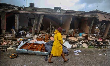 Tormenta tropical Grace no da tregua en el sur de Haití, tres días después del terremoto