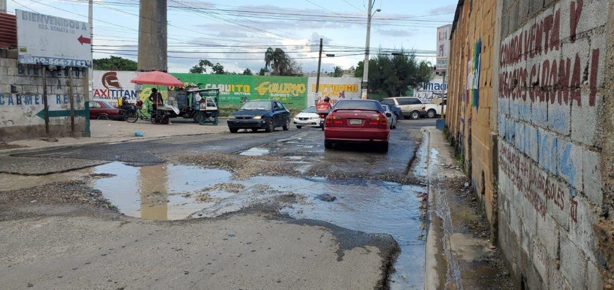 Denuncian mal estado de calle en Pantoja