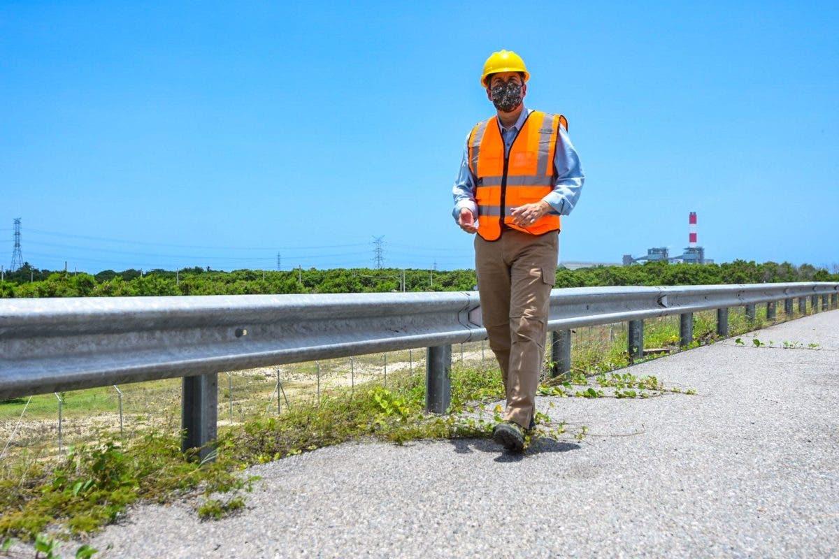 Ministro de Medio Ambiente supervisa planes de mitigación y solución a impacto ambiental de Punta Catalina
