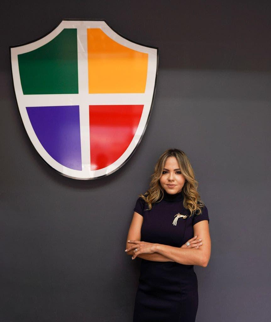 ADESINC designa abogada Katia Salomón como directora ejecutiva