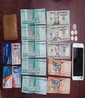 Mujer estafó casa de cambio con más de 4 mil dólares