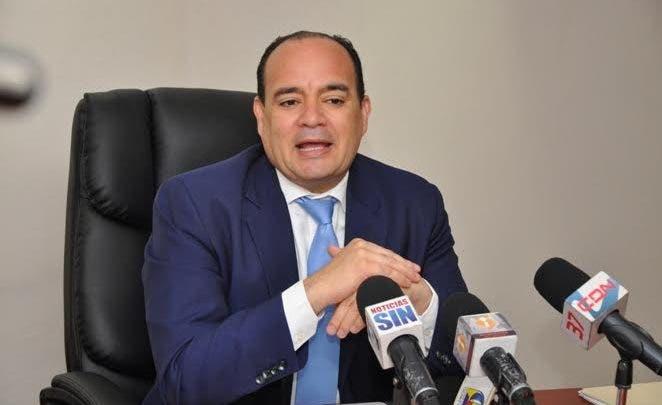 CARD pide a Cámara de Cuentas y Contraloría asesoría para seleccionar firma que audite fondos del gremio