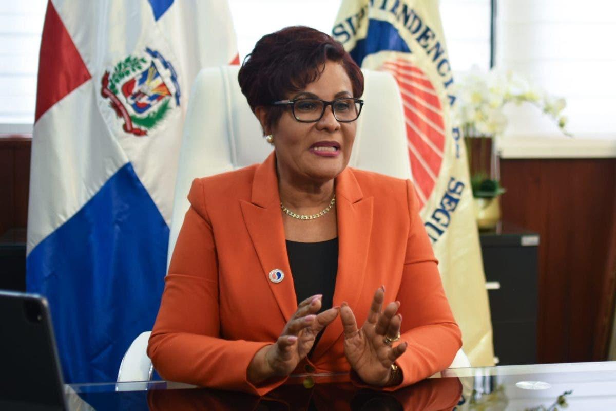 Josefa Castillo revela seguros venden 42 mil millones en primer semestre para un crecimiento de 25 por ciento