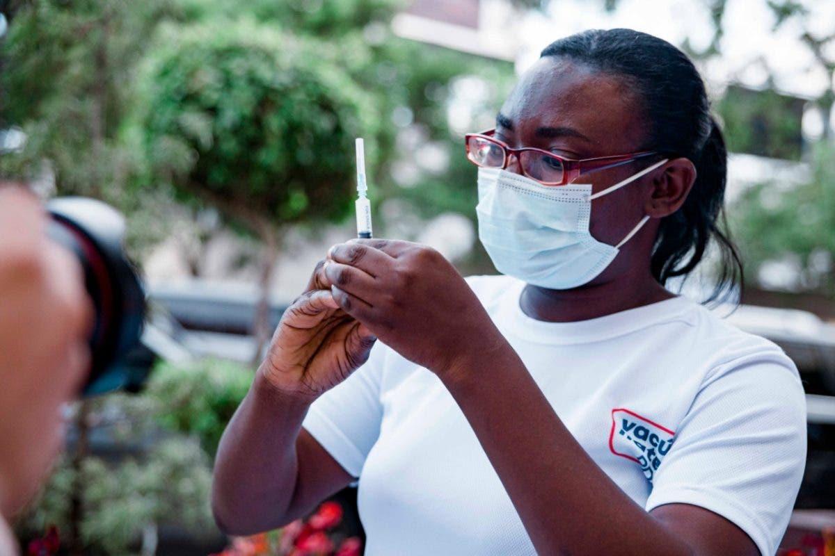 Gobierno anuncia jornada nocturna de vacunación