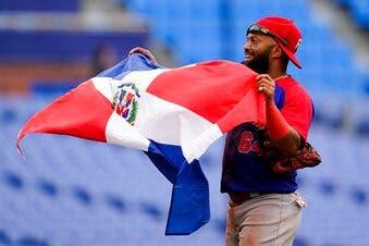 Dominicana derrota 10-6 a Corea del Sur para bronce en béisbol