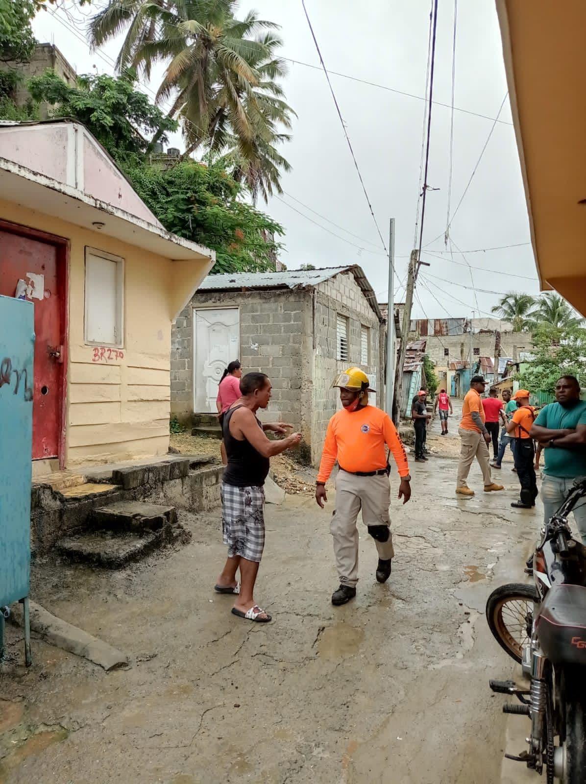 Defensa Civil reporta 2 mil 405 albergues disponibles ante el paso de la tormenta Fred