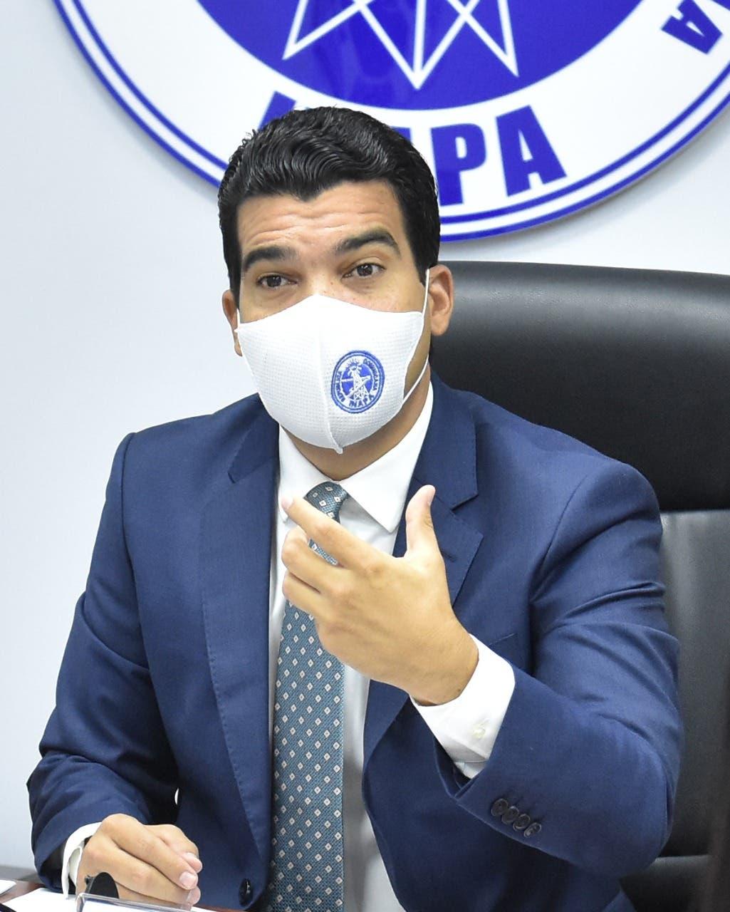 INAPA informa un millón de dominicanos más recibe el servicio de agua potable