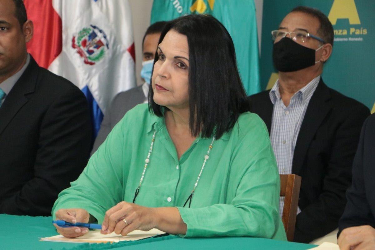 Minou Tavárez: La discriminación debe ser tipificada en cualquier circunstancia