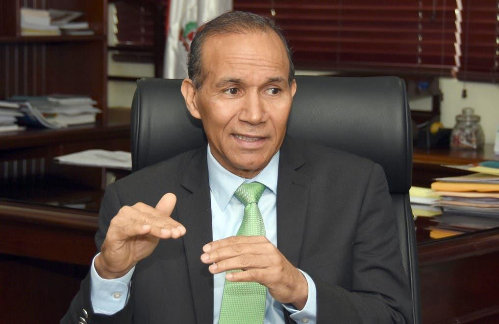 Exministro de Trabajo asegura que con Domínguez Brito RD tendrá estabilidad y tranquilidad