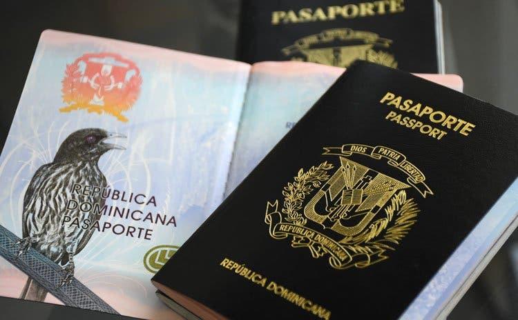 Haciéndose pasar por agente consular, mujer estafó más de dos millones de pesos