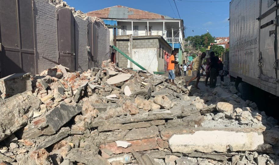 Terremoto en Haití: Gobierno de Chile ofrece apoyo material y humano