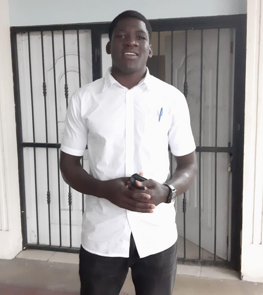 Joven deportista pide a JCE otorgue acta de nacimiento
