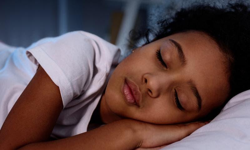¿Tus hijos se levantan cansados? Conoce algunos tips que te pueden ayudar