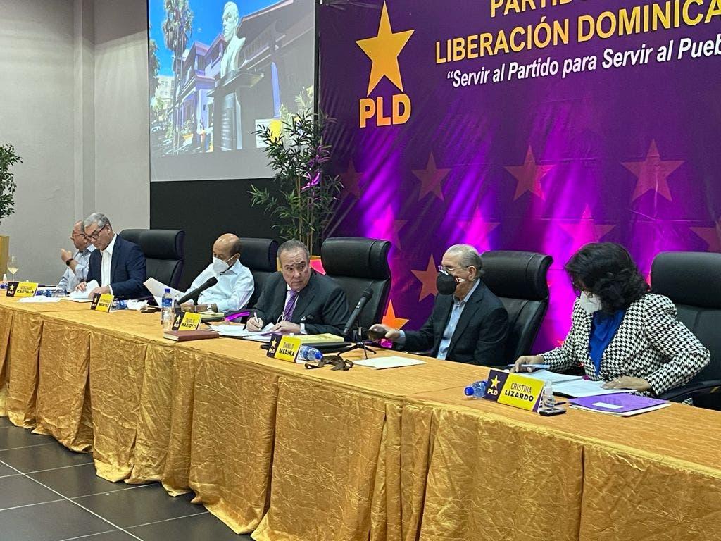 Comité Político del PLD está reunido para definir postura sobre convocatoria a diálogo