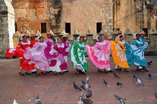 Cultura; Celebra Día Mundial del Folklore